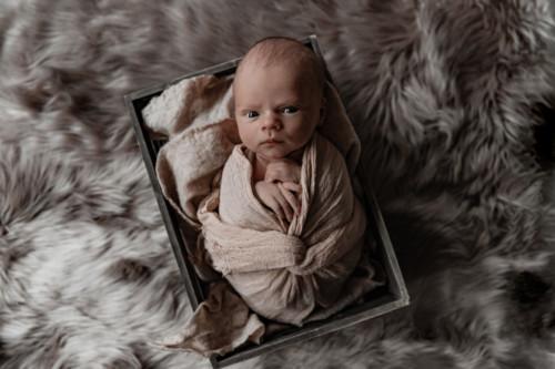 newborn valokuvaus_emma huttu 2
