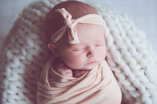 vastasyntyneen kuvaus emma huttu-20